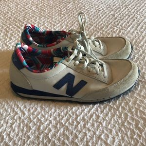 New Balance 410 Sneakers Size 8
